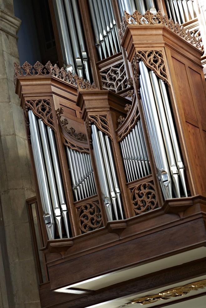 The Nave Organ